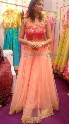 28 Super ideas for dress designer indian color combinations Indian Wedding Gowns, Indian Gowns Dresses, Indian Fashion Dresses, Dress Indian Style, Indian Bridal, Dress Wedding, Half Saree Designs, Fancy Blouse Designs, Lehenga Designs