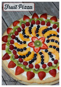 Easy Fruit Pizza Sugar Cookie Crust, Cream Cheese and Fresh Fruit! Healthy and Easy Fruit Pizza Recipes. Variety of colorful summer creations including sliced fruit, cookie dough and cream cheese! Fruit Pizza Frosting, Fruit Pizza Bar, Easy Fruit Pizza, Dessert Pizza, Eat Pizza, Fruit Pizzas, Fruit Tarts, Sugar Cookie Dough, Cookie Crust
