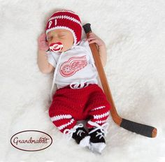 DETROIT RED WINGS Pacifier & Crocheted Baby Hockey Hat, Pants, Socks and Skates Set with Players Number Size Newborn/ 0-3 Months on Etsy, $104.86 CAD #babycapsboy