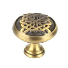 This weathered brass finish round cabinet knob with celtic design is a part of the Highlander Series from Century Hardware. A perfect blend of craftsmanship in traditional and contemporary design to complement any decor.