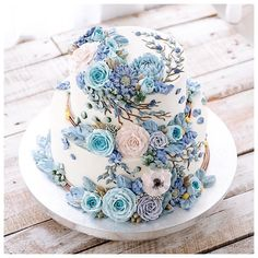 Repost ivenoven    Thank you so much for watching my video on youtube while making this tiered 3D buttercream flower cake. Simply search ivenoven on youtube.