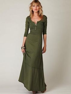 I rarely wear dresses, but this green Miles of Henley dress is really pretty - and looks comfy too. Maxi Dress With Sleeves, Dress Skirt, Dress Up, Dress Outfits, Fashion Outfits, Womens Fashion, Maxi Dresses, Wearing Dresses, 1950s Dresses