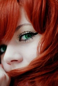Red hair and green eyes. 30 most beautiful eyes around the world. Beautiful Red Hair, Most Beautiful Eyes, Gorgeous Redhead, Beautiful Beautiful, Red Hair Green Eyes, Red Green, Beauty And Fashion, Hottest Redheads, Redhead Girl