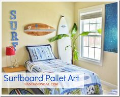 Surfboard Pallet Art sign Good look for Zach & Ki'a's room. I'd like to make the pallet surfboard. Surf Bedroom, Teen Bedroom, Beach Bedrooms, Shared Bedrooms, Bedroom Themes, Wal Art, Pallet Art, Wood Pallets, Pallet Wood