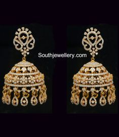 Looking for gold and diamond jewellery? Vummidi has the best collection of diamond rings, diamond earrings and gold jewellery, handcrafted to perfection. Gold Jhumka Earrings, Gold Earrings Designs, Gold Jewellery Design, Gold Designs, Jewellery Earrings, Jewelry Bracelets, Bangles, Diamond Jumkas, Diamond Earing