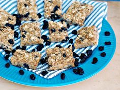 Baked Blueberry Oatmeal Bars