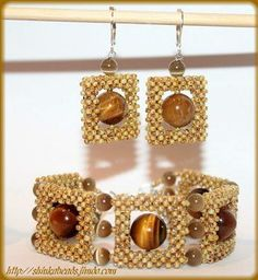 Jewelry Beaded GLAMOUR jewelry set - Tiger - Media - Beading Daily - Interweave's beading section is an expertly curated online beading resource with tons of beading patterns, tips and tutorials, and endless inspiration! Beaded Jewelry Patterns, Beading Patterns, Beaded Earrings, Pearl Necklace, Ring Set, Seed Bead Bracelets, Bracelet Tutorial, Jewelry Making, Tutorials