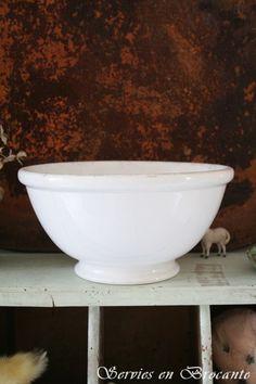 Enorme kom/ Huge bowl   Shabby Chic Kitchen   Servies & Brocante