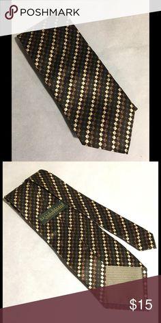Silk Tie by Benard Holtzman Nice 100% silk necktie.  Excellent  like new condition. Harve Benard Accessories Ties