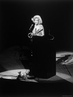 Marilyn Monroe (vintage-kunst) Foto bij AllPosters.nl