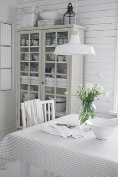 White on White | Julias Vita Drömmar