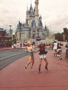 Dis411 Photos: Olivia Holt With Friends And Family At Magic Kingdom June 7, 2013