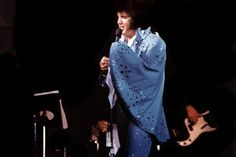 Elvis on stage in Lubbock in november 8 1972.