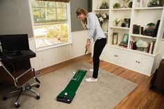 Quick and easy to set up these accelerator pro compact true-roll golf putting mats by SKLZ will help you develop accuracy and distance control with squaring and alignment guides
