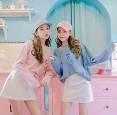 Korean Girl Fashion, Ulzzang Fashion, Korea Fashion, Ulzzang Korean Girl, Cute Korean Girl, Asian Girl, Korean Best Friends, Girl Friendship, Girl Korea