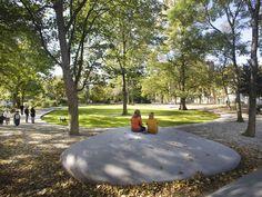 Le Pamphlet | Latzundpartner_Ottopark_01 park zitplaats zitbank object tuin steen kei