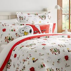 Whether your style is simple or bold, Pottery Barn Teen's girls duvet covers will let your personality show. Find bold colored and printed duvet covers for twin, full, queen and king beds. Boho Bedding, Linen Bedding, Luxury Bedding, Bedding Sets, Bed Linens, Bedding Decor, Romantic Bedding, Cream Bedding, White Bedding