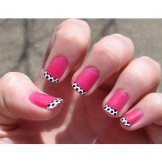 pink-with-black-and-white-polka-dot-tips-nail-art.jpg 300×300 pixels