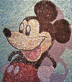 bottle-cap-portraits- mickey-mouse