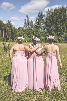 © La Cardinal Photographe #mariage #bigday #bridesmaid #dress #fleurs Bridesmaid Dresses, Wedding Dresses, Fashion, The Cardinals, Maid Of Honour, Flowers, Photography, Bridesmade Dresses, Bride Dresses