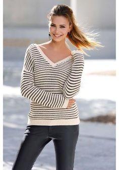 """Prúžkovaný pulóver s výstrihom do """"V"""" #ModinoSK #clothing #stripes #trendy #pruhy #pruzky #fashion #trend #styl #obleceni"""
