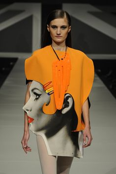 Graduate Fashion Week Claire Acton with a unique design Pop Art Fashion, Weird Fashion, Fashion Week, Unique Fashion, Fashion Details, Runway Fashion, High Fashion, Fashion Show, Womens Fashion