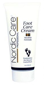 We as a whole need to utilize foot cream every now and then and the more outrageous the components are in our surroundings the more awful your feet can get. Best Foot Cream, Tired Feet, Eucalyptus Oil, Fancy Shoes, Cream Tops, Wrap Recipes, Feet Care, Healthy Skin