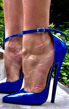 Sexy High Heels, High Heels Boots, Extreme High Heels, Beautiful High Heels, Gorgeous Feet, Hot Heels, High Heels Stilettos, High Leather Boots, Talons Sexy