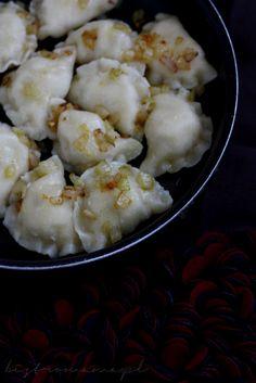Pierogi ruskie Pierogi, Cauliflower, Vegetables, Food, Cauliflowers, Essen, Vegetable Recipes, Meals, Cucumber