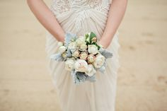 DIY Bouquet by the bride ~ Photography by Kellee Walsh