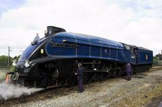 LNER Class Pacific engine number 4468 Sir Nigel Gresley, still holds the record for being the fastest steam locomotive in the world mph), as to its twin Mallard. Steam Railway, Bonde, Train Times, Train Art, Old Trains, Train Pictures, Train Engines, Model Train Layouts, Steam Engine