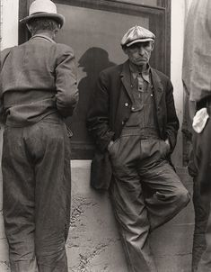 The History Place - Dorothea Lange Photo Gallery: Little Money: Waiting for the Relief Checks