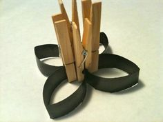 We have put together a collection of the best Toilet Paper Art and have had the images linked directly to the source. Toilet Paper Roll Diy, Best Toilet Paper, Paper Towel Roll Crafts, Toilet Paper Art, Paper Towel Rolls, Arts And Crafts, Diy Crafts, Wall Decor, Crafty