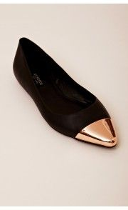 Messeca New York Jacqueline Rose Gold Cap Toe Flats Pretty Shoes, Beautiful Shoes, Crazy Shoes, Me Too Shoes, Shoe Boots, Shoes Sandals, Shoe Closet, Black Flats, Gold Flats