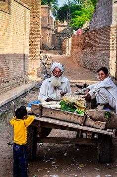 Traveling vegetable vendor - Pakistan