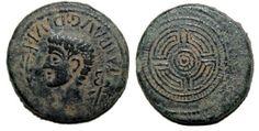 A moeda da caetra. Unha das series da primeira moeda acuñada en Galicia.