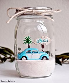 37 Relaxed Beach Themed Christmas Decoration Ideas The love of oceanside events has caused a love of all things beach related. This includes beach Christmas decorations. Seashell Crafts, Beach Crafts, Summer Crafts, Fun Crafts, Diy And Crafts, Crafts For Kids, Beach Themed Crafts, Homemade Crafts, Kids Diy