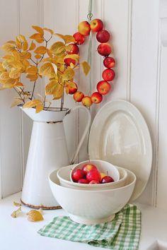 VIBEKE DESIGN: Søt,enkel og høstlig rød