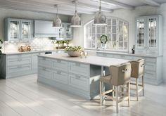 Love the colours Kitchen Cabinet Colors, Kitchen Shelves, Kitchen Pantry, Kitchen Dining, Kitchen Decor, Kitchen Cabinets, Kitchen Stories, Traditional Kitchen, Vintage Kitchen