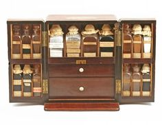 Apothecary Chest – Young Collection - Phisick | Medical Antiques