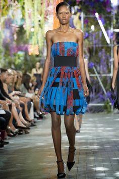 CHRISTIAN DIOR - LE DÉFILÉ PRINTEMPS-ÉTÉ 2014 – FASHION WEEK DE PARIS http://fashionblogofmedoki.blogspot.be/