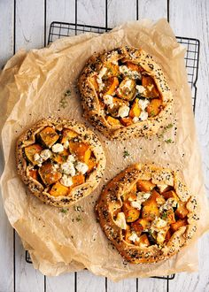 Pumpkin Tarts, Tomato Risotto, Mango Sauce, Coconut Muffins, Caramelized Bananas, Poached Pears, Couscous Salad, Roasted Cauliflower, Gastronomia