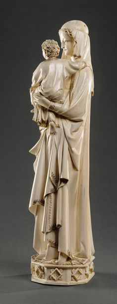 Paris third quarter of the century Statuette: Virgin and child before 1279 comes from the treasure of the Sainte-Chapelle of Paris Romanesque Sculpture, Romanesque Art, Medieval Art, Renaissance Art, Lenoir, Saint Chapelle, Images Of Mary, Madonna And Child, Mother Mary