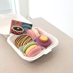Macaroons, Cute Food, Yummy Food, Pastry Shop, Aesthetic Food, Dessert Recipes, Desserts, Let Them Eat Cake, Food Photo