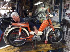 Kennen jullie deze nog? Dit is een Honda Novio uit de jaren '70! Dit noemen we nou Vintage :-)