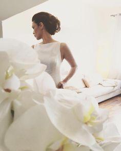 Auguri Federica  #lebaobab #sposa #wedding #bride #dress #abitodasposa #sartoria Le Baobab, One Shoulder Wedding Dress, Bride, Wedding Dresses, Instagram Posts, Fashion, Bridal Dresses, Moda, Bridal Gowns