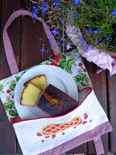 porta torta con ricamo crostata