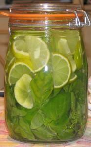 Rhum Citrons verts & Basilic - Recette, préparation et conseils sur Rhum arrangé .fr