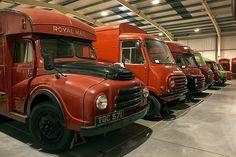 Vintage Trucks, Old Trucks, Post Boxes Uk, Old Lorries, London Attractions, Classic Motors, Classic Cars, London Free, Road Train