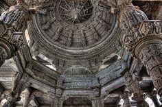 Un mundo por descubrir: Ranakpur IND - Jain temple dedicated to Adinatha 03